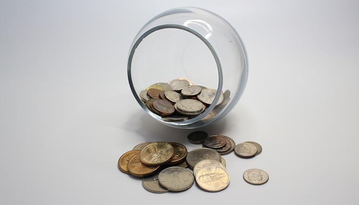 Băncile şi cursul valutar